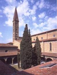 サン・ロレンツォ教会(Basilica di San Lorenzo)
